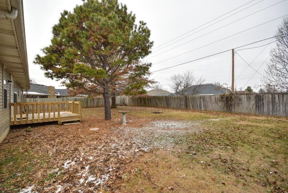 603 Southeast Hills Court Nixa, MO 65714