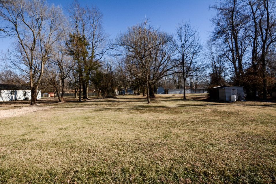 1820 North Marlan Avenue Springfield, MO 65803