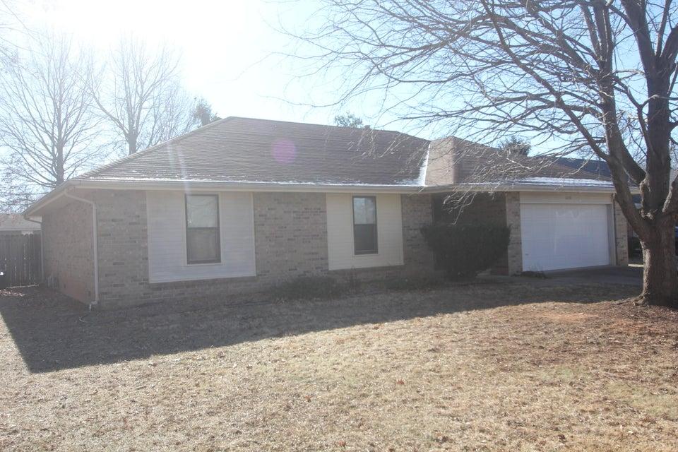1630 West Primrose Street Springfield, MO 65807