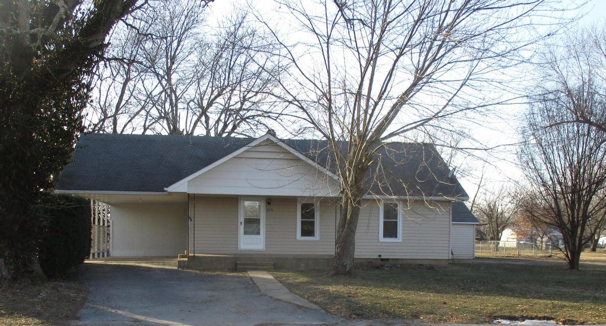 509 South Water Street Seymour, MO 65746