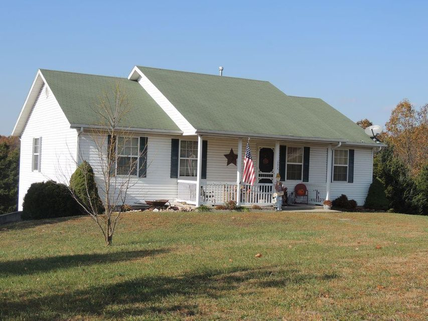 175  Tomahawk Drive Highlandville, MO 65669
