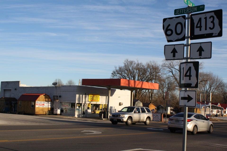 302 Northeast Us-60 Highway #8-10 Billings, MO 65610