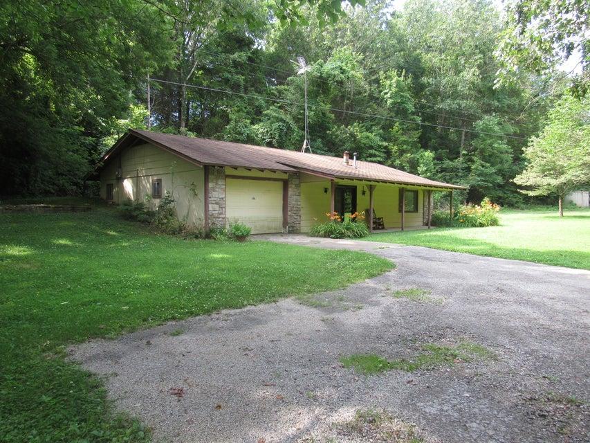 126  Yocum Pond Rd. Galena, MO 65656