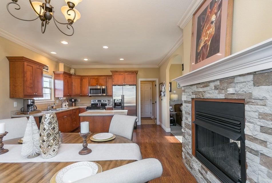 2014 North Bradbury Lane Ozark, MO 65721