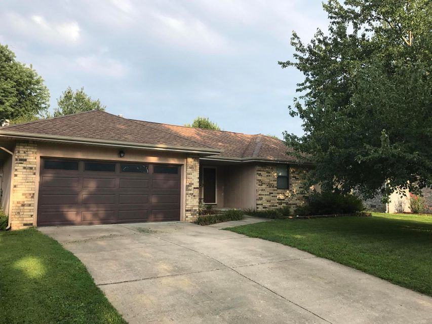 244 South Foster Avenue Springfield, MO 65802