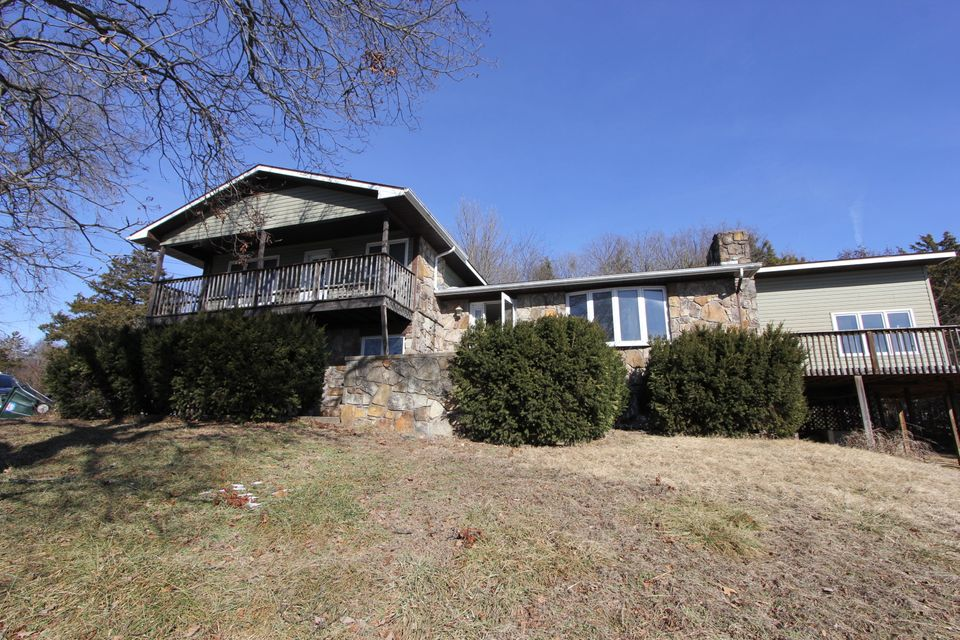 30  Trail Ridge Drive Kimberling City, MO 65686