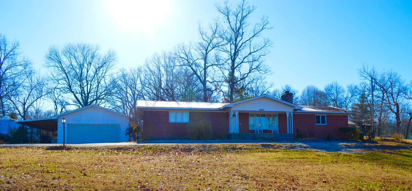 862  Wayland Drive Forsyth, MO 65653