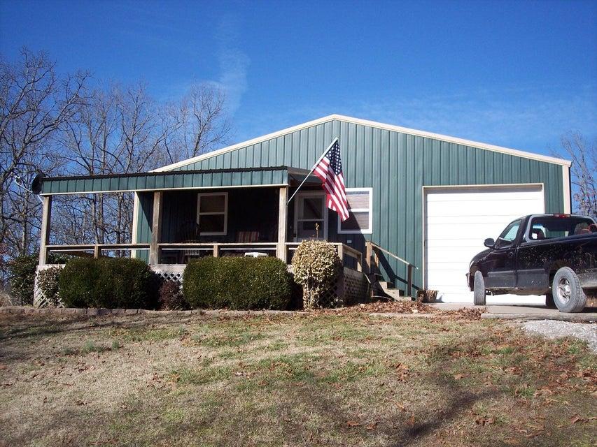 9403  Farm Rd 1232 Aurora, MO 65605