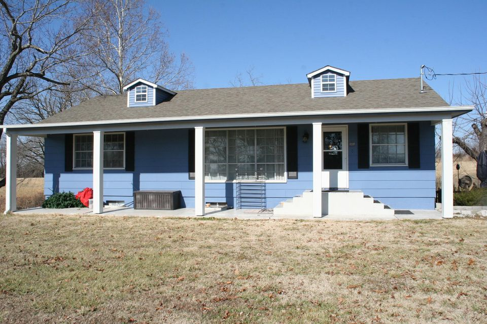 2749  Canning Factory Road Anderson, MO 64831