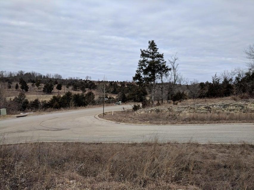 Golf Club Drive Hollister, MO 65672