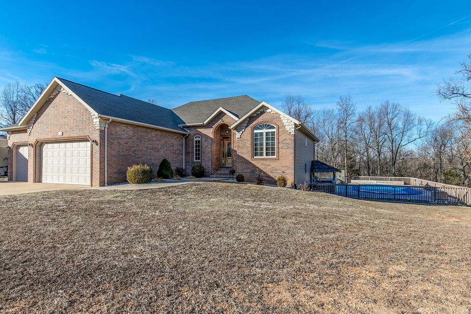 36  Highland Court Strafford, MO 65757