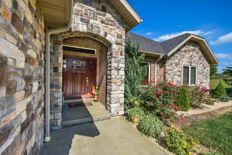 921  Indian Grove Lane Rogersville, MO 65742