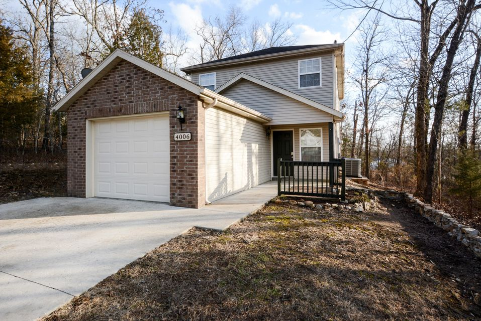 4006  Red Oak Road Merriam Woods, MO 65740