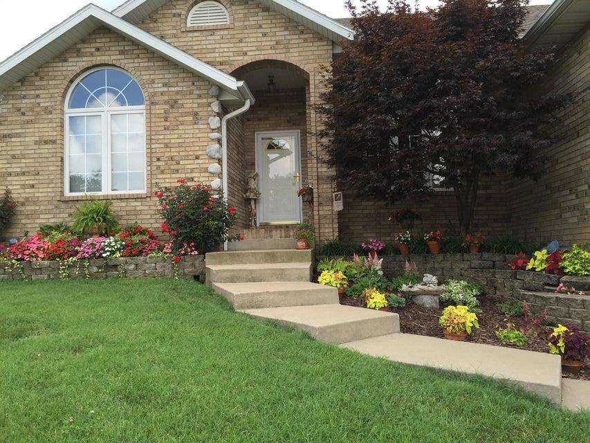 1368 West Evans Street Springfield, MO 65810