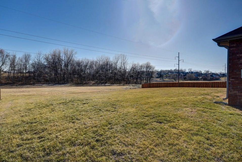5218 East Wild Horse Drive Springfield, MO 65802