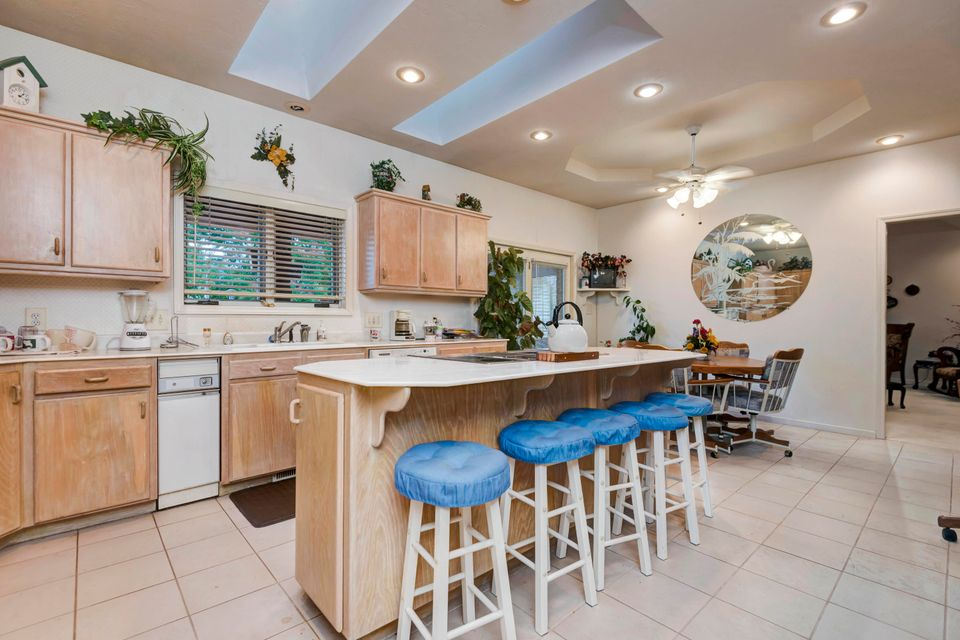 5049 South Castlewood Drive Springfield, MO 65804
