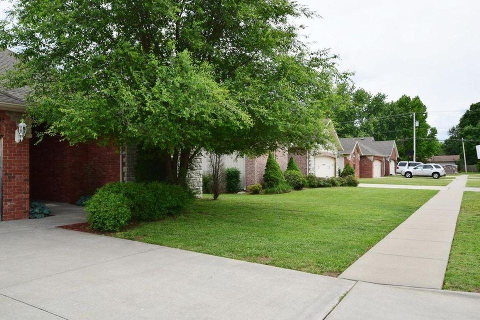 1149 South Elmwood Avenue #single Family Rental Pack Springfield, MO 65804