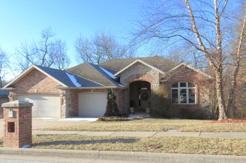 2775 South Pembrook Avenue Springfield, MO 65807