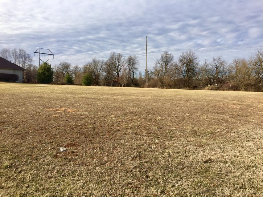 N/A North Farm Rd 127 Springfield, MO 65803