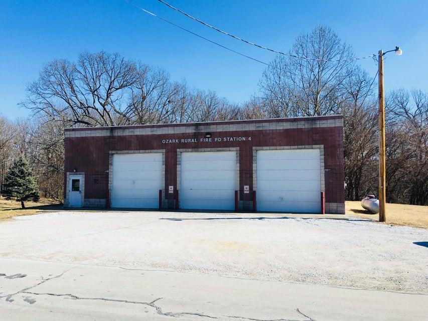 175  Pippenville Road Sparta, MO 65753