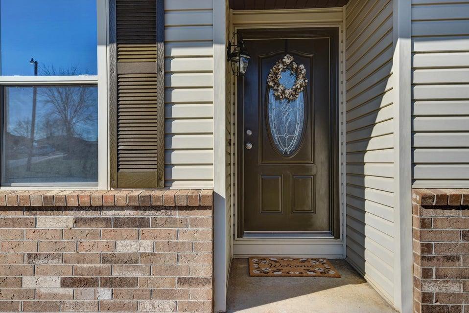 1515 West Meadow Street Ozark, MO 65721