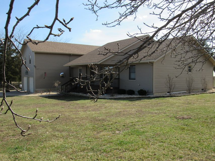 13110  Hwy Zz Conway, MO 65632