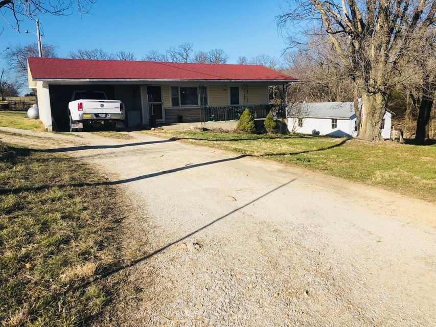 1137  Longhorn Road Fair Grove, MO 65648