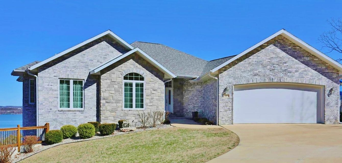 297 Hallie Drive Blue Eye, MO 65611