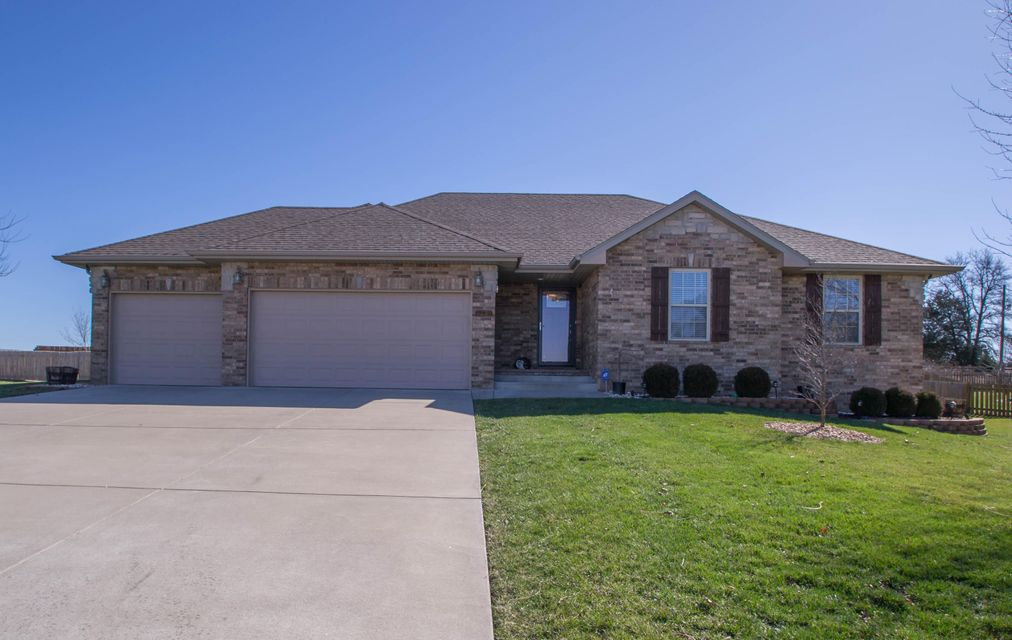 541  Piper Point Rogersville, MO 65742