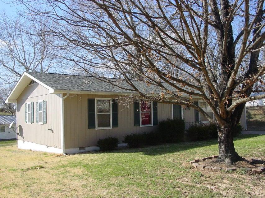 802  Murray Avenue Crane, MO 65633