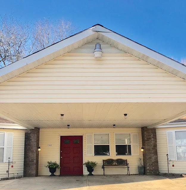 1565 East Briar Street Springfield, MO 65804