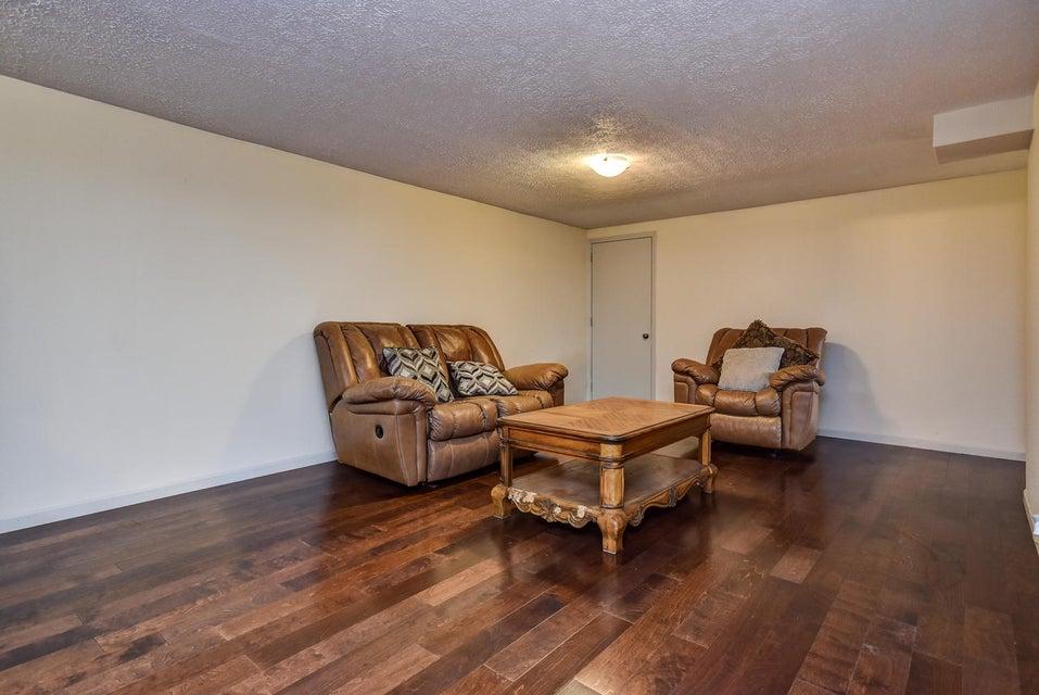 804 East Diane Street Ozark, MO 65721
