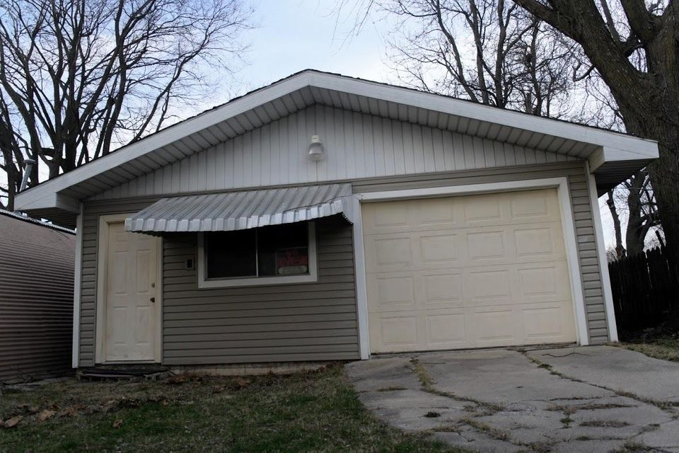 2533 East Division Street Springfield, MO 65803