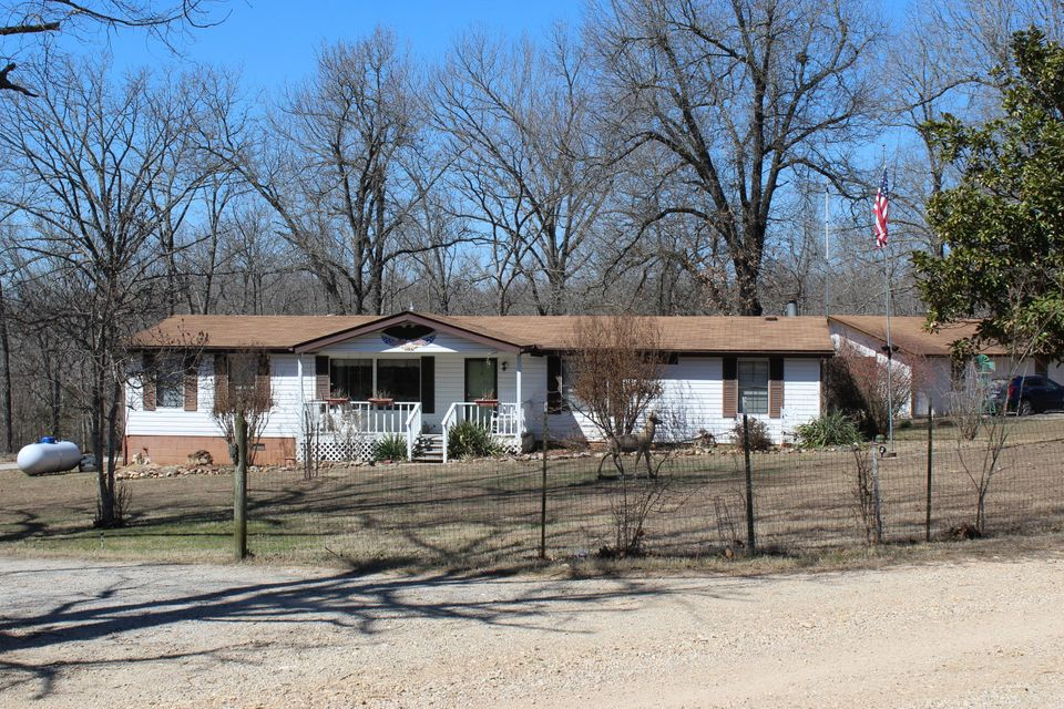 437  County Road 552 Gainesville, MO 65655