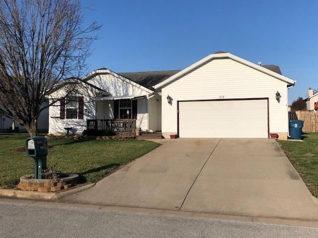713 South Lantern Ridge Nixa, MO 65714