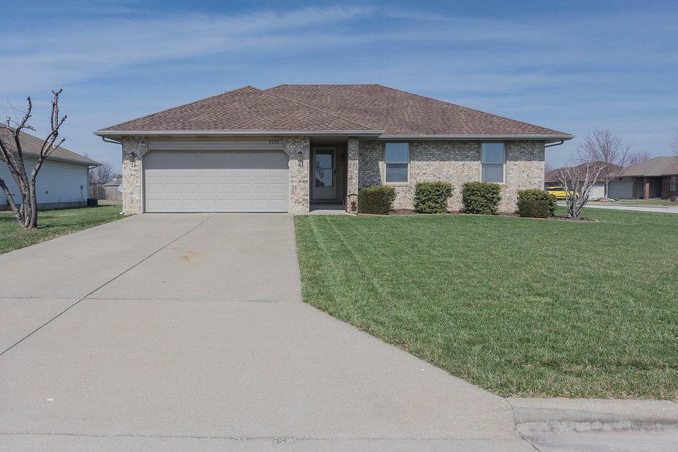 5539 West Clyde Street Springfield, MO 65802