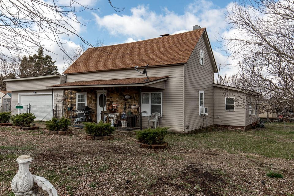 9156  State Hwy A Seymour, MO 65746