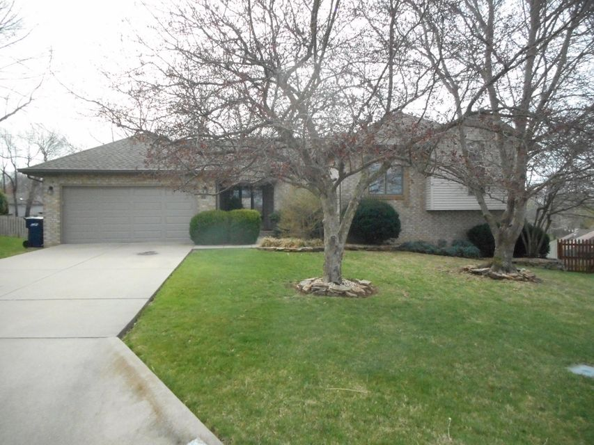 5124 South Forest Court Springfield, MO 65810