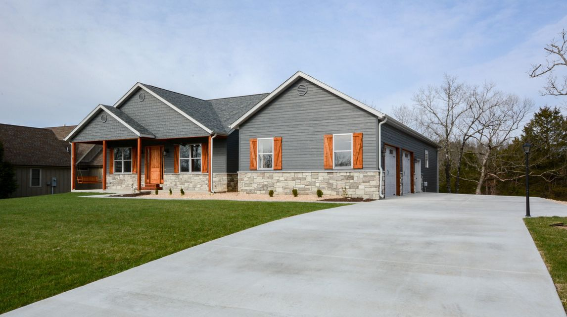 967  Forest Lake Drive Reeds Spring, MO 65737