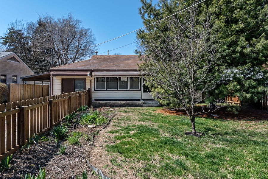 1707 North Fremont Avenue Springfield, MO 65803