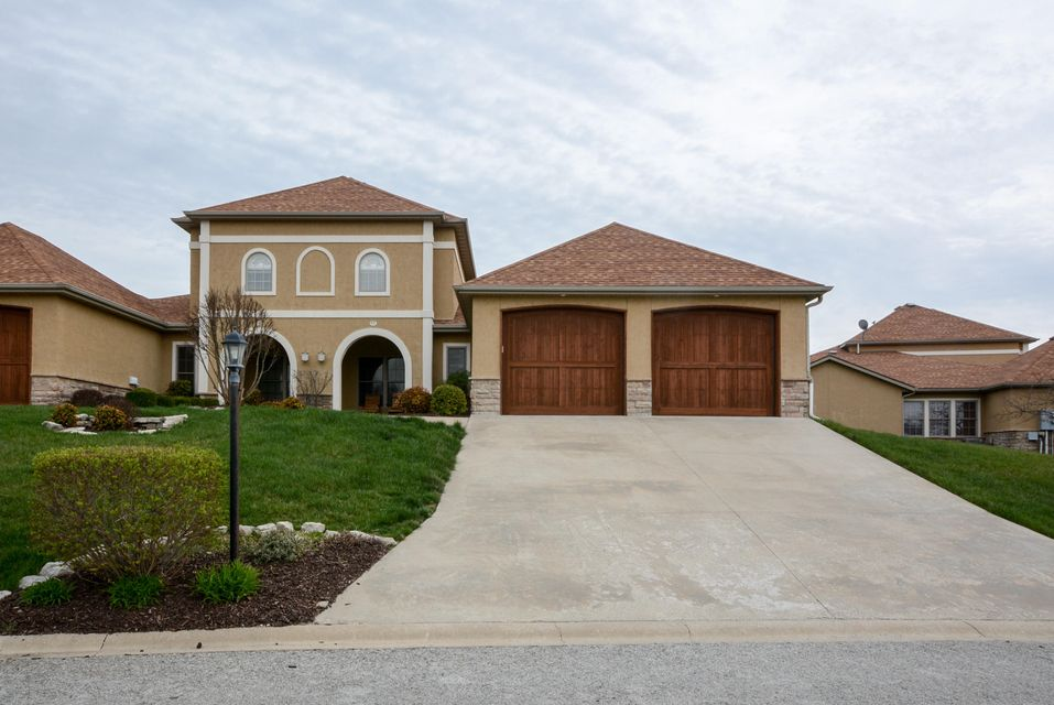 110 North Tuscany Drive #110 Hollister, MO 65672