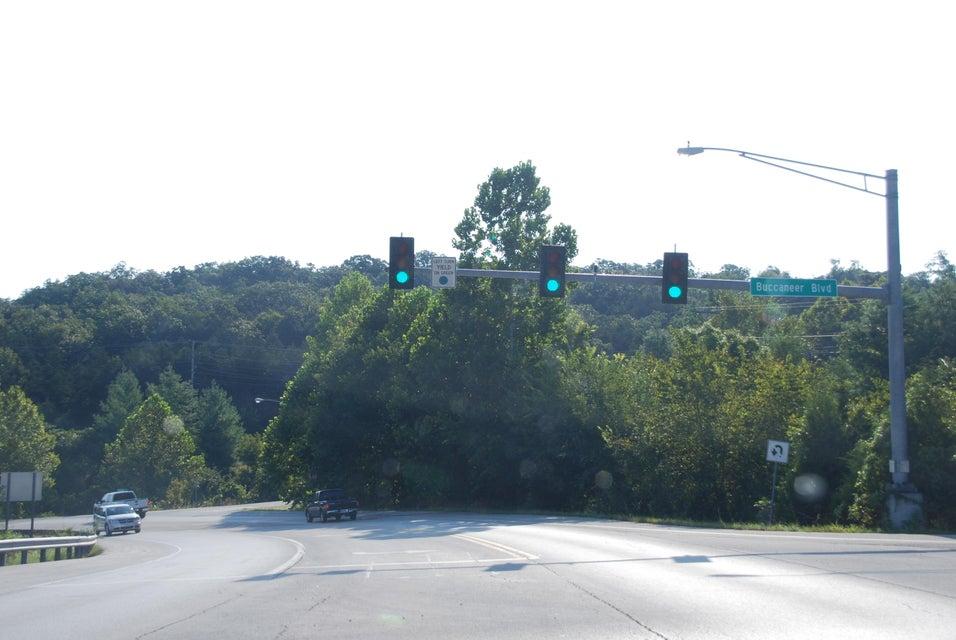 Bee Creek Road Branson, MO 65616