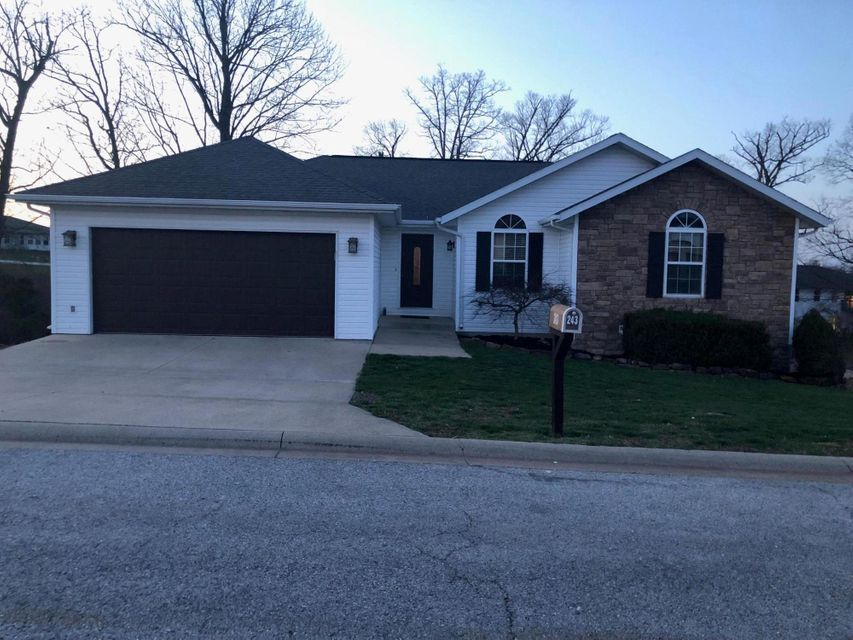243  Neals Trail Reeds Spring, MO 65737