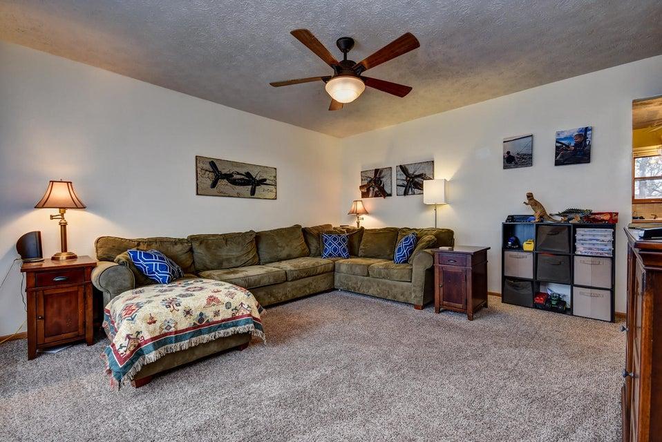 814  Sunset Avenue Marshfield, MO 65706