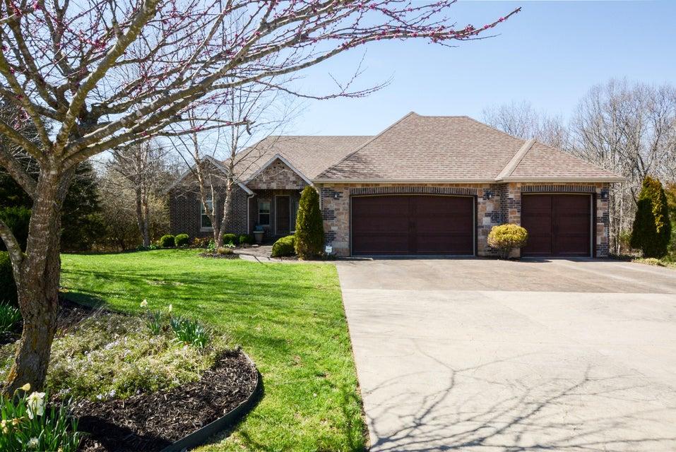 163  Woodfield Drive Highlandville, MO 65669