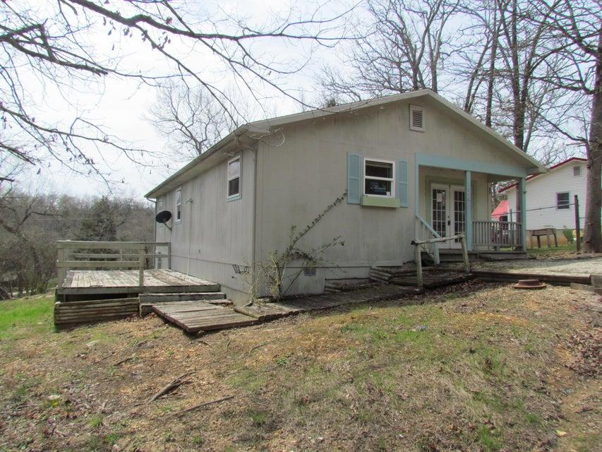1016  Lake Road Merriam Woods, MO 65740