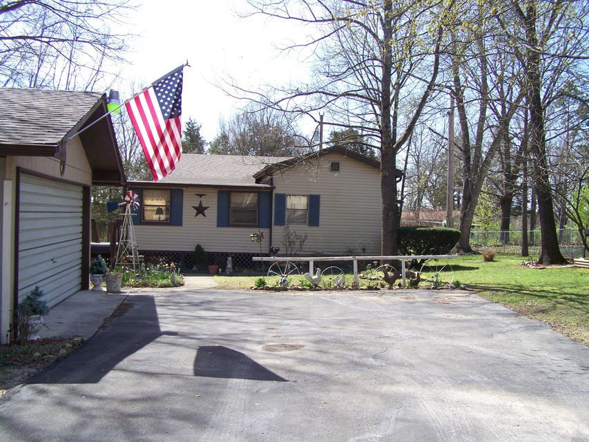 1034  Homestead Rd Merriam Woods, MO 65740