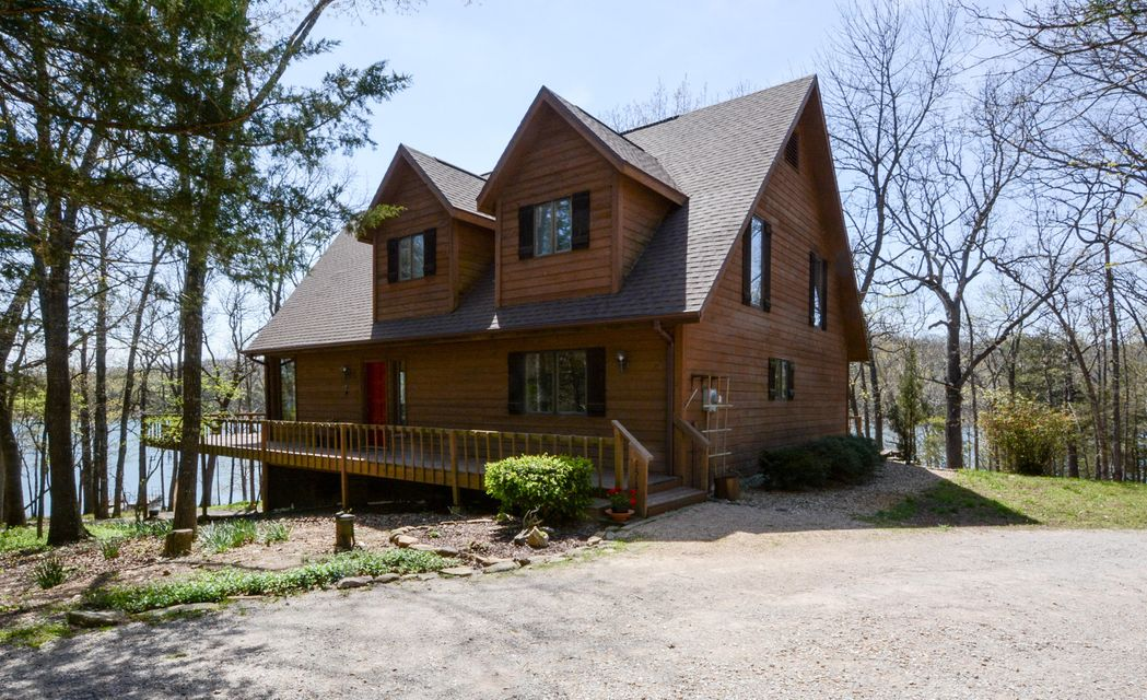 1517 Lake Bluff Drive Branson West, MO 65737