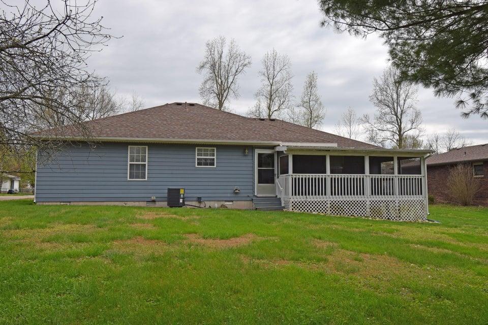 603 East Mccracken Road Ozark, MO 65721