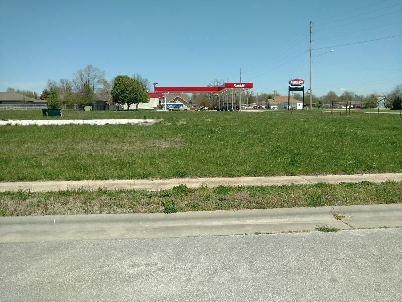 5511 South State Highway Ff Battlefield, MO 65619